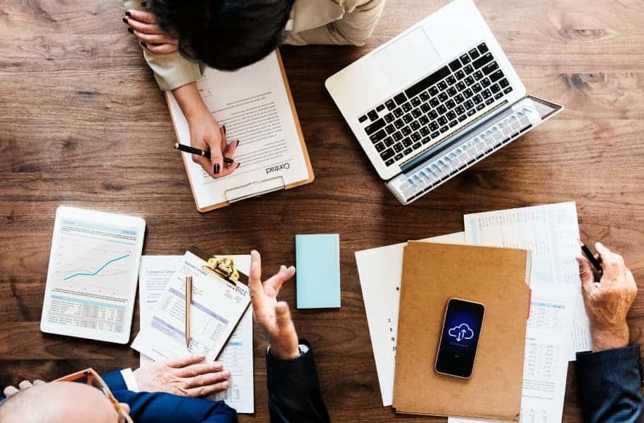 Comment définir une stratégie social media ? - image GeekWorkers - 11
